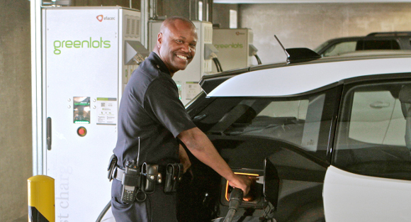 Greenlots is to supply 100 Level 2 chargers and four DC fast chargers to the Los Angeles Police Department to support an initial 100 BMW i3 cars.