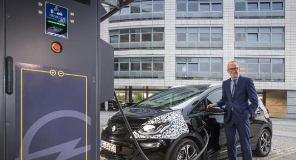 Recarga-del-Opel-Ampera-e_
